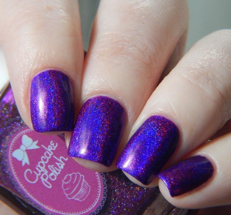 Cupcake_polish_berry_good_looking