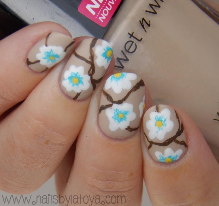 Flower_Bush_Nailart