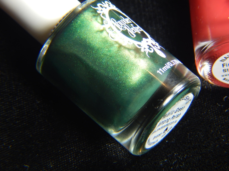 powder_perfect_metallic_green_stampingpolish